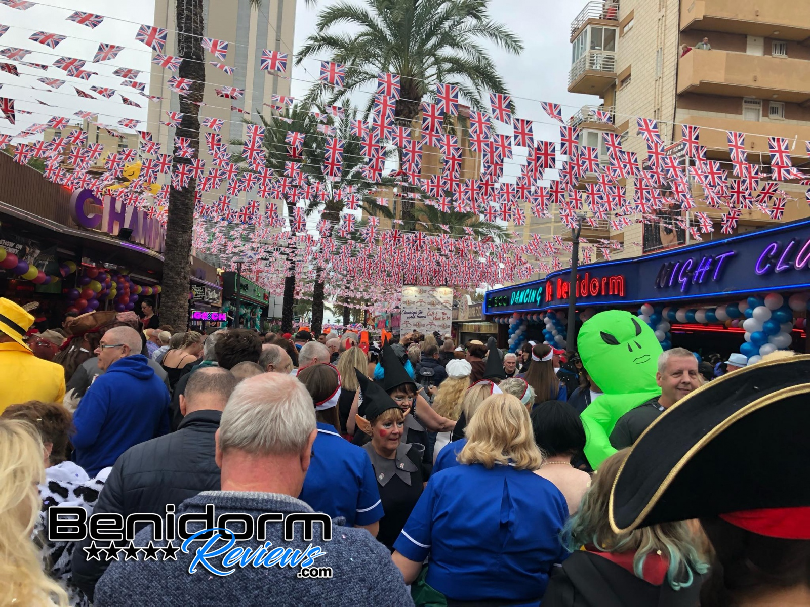 Benidorm-Fiestas-2019-Fancy-Dress-190