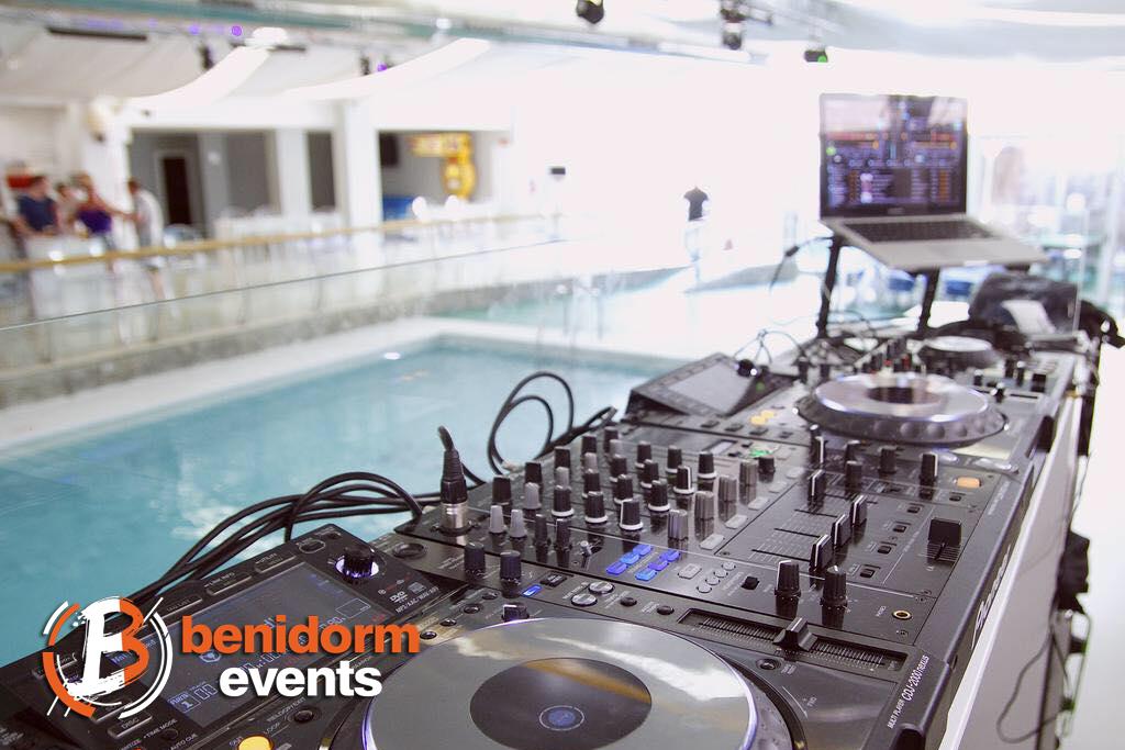 Benidorm Pool Party 03